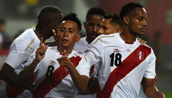Perú venció a Escocia en el Estadio Nacional a pocas semanas para el Mundial de Rusia 2018. (Foto: AFP)