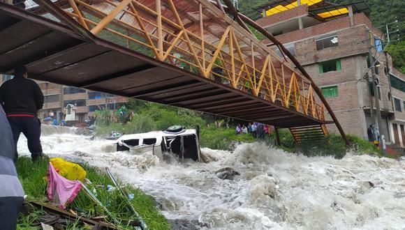 Puno: agentes de la Policía Nacional iniciaron las investigaciones para determinar las causas del accidente. (Foto: Agencia de Noticias Sandia)