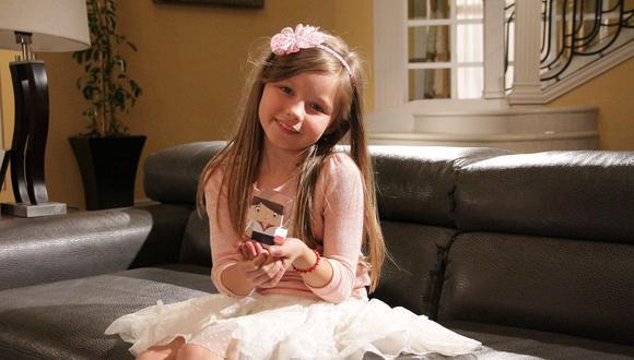 Isabella Tena dio vida a Luz Lascuráin, la hija menor del personaje que interpretó Salinas (Foto: Televisa)