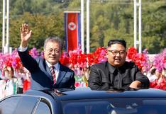 Kim y Moon exhiben buena sintonía para hablar sobre desnuclearización | VIDEO