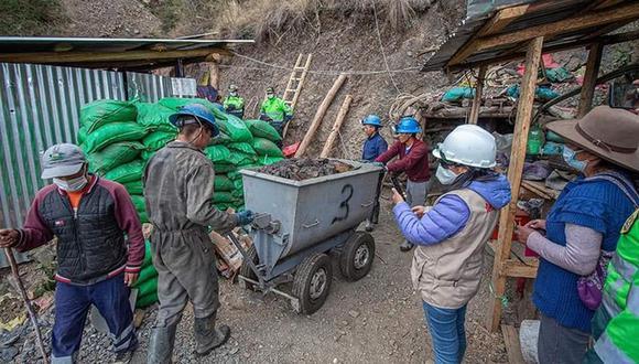 El Departamento Desconcentrado de Medio Ambiente de la Policía de Huaraz ha intervenido tres veces en el sector de Quebrada Honda, donde la minería se ha instalado ilegalmente afectando la zona protegida del Parque Nacional Huascarán. (Foto: Policía Nacional)