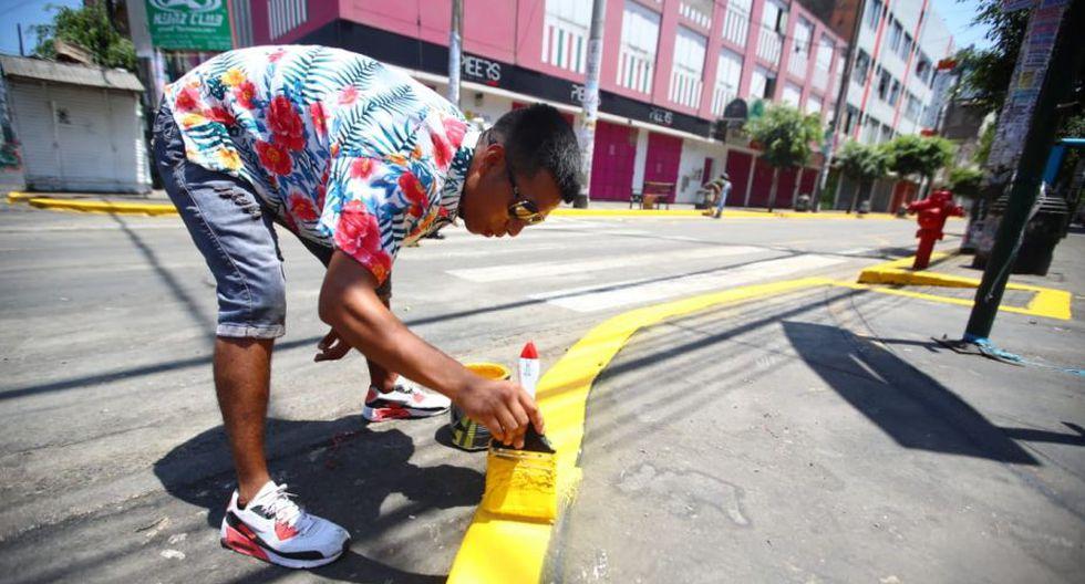 Las calles y veredas habían sido tomadas por decenas de ambulantes informales. (Foto: Giancarlo Ávila)