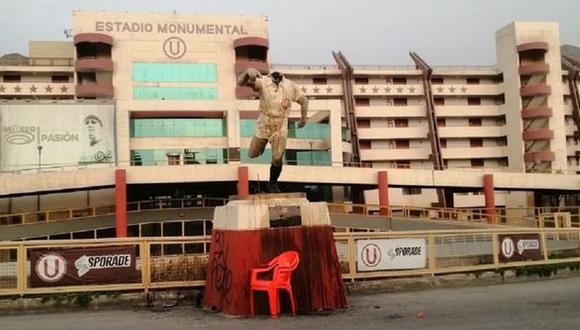 El estadio Monumental de Universitario de Deportes fue atacado por delincuentes este lunes. (Foto: Difusión)