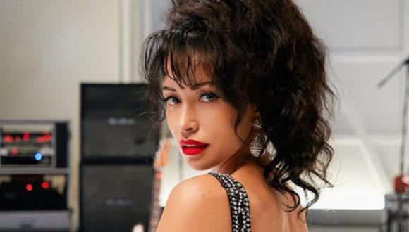 Christian Serratos ha revelado que ella siempre quiso que la voz real de Selena Quintanilla se escuché a lo largo de la serie (Foto: Netflix)
