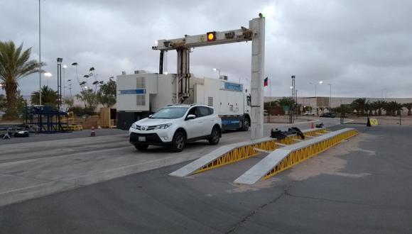 Ambos manifestaron que pretendían llegar con el cargamento hasta la provincia de Mendoza, en Argentina, donde, según refieren, iban a visitar a unos amigos (Foto: Aduanas Chile)