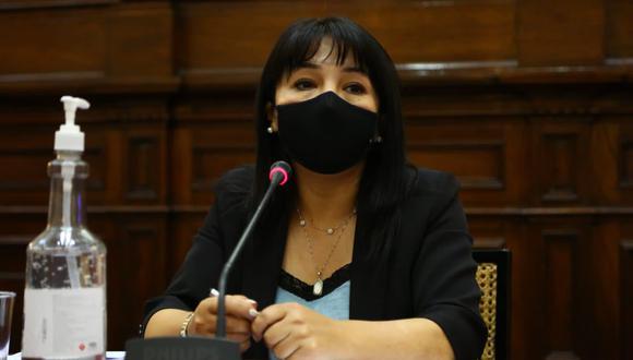 Mirtha Vásquez consideró que los congresistas que hablan de censurar la Mesa Directiva responden a revanchismos y a intentos de hacer campaña. (Foto: Twitter Mirtha Vásquez @MirtyVas)