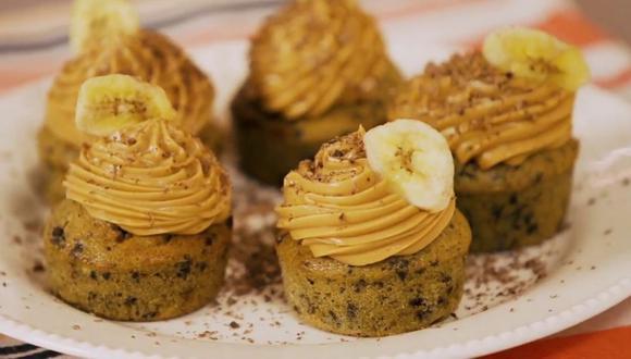 Muffins de plátano y chips de chocolate. (Foto: Cucinare)