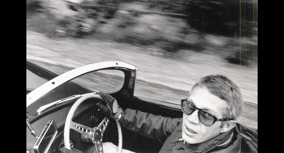 Steve McQueen no solo es recordado por protagonizar las películas de autos 'Bullit' o 'Le Mans', sino también por las diversas competencias automovilísticas en las que participó. (Fotos: Difusión).