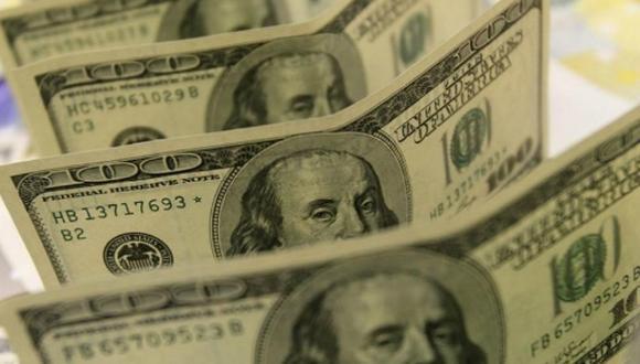 "El ""dólar blue"" se cotizaba a 131 pesos en Argentina este miércoles. (Foto: Reuters)"