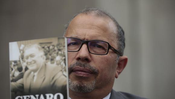 El periodista Hugo Coya cuenta detalles de su libro sobre el empresario televisivo Genaro Delgado Parker. (Foto: Perú21)