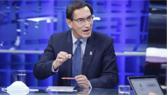 """El presidente Martín Vizcarra durante la entrevista realizada ayer, en vivo, en el programa dominical """"Cuarto Poder""""."""