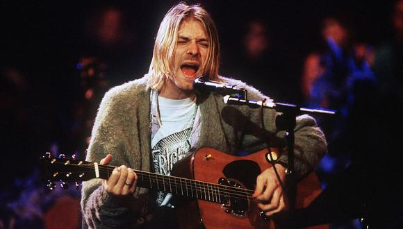Kurt Cobain toca su guitarra acústica Martin en el MTV Unplugged de Nirvana en 1993. (Foto: Getty Images)