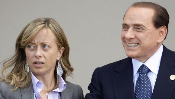 Berlusconi dice que una mujer madre no puede ser alcaldesa