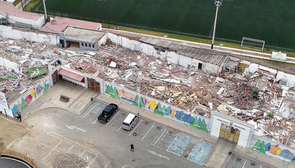 El centro cerró el 25 de abril por el coronavirus. Los primeros días de julio fue demolido por decisión municipal. Unos 100 vendedores han perdido sus espacios de trabajo. (Carlos Hidalgo/ El Comercio)