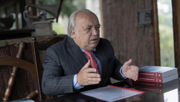 Julián Palacín cuestionó que se hayan presentado medidas judiciales contra el proceso electoral. (Foto: Renzo Salazar/GEC)