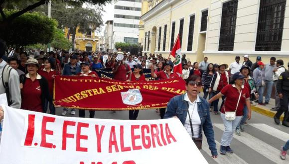 La huelga de maestros continúa en algunas regiones del país. (Foto: Ralph Zapata)