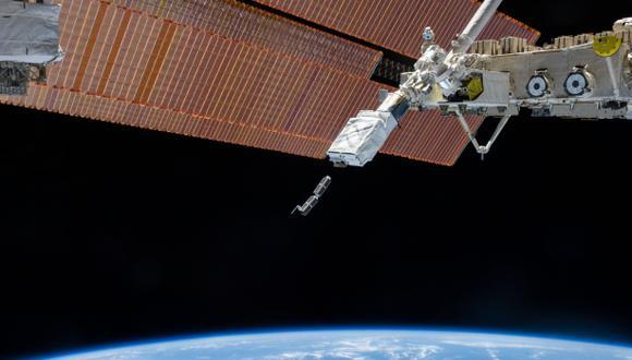 EEI lanza primer grupo de pequeños satélites