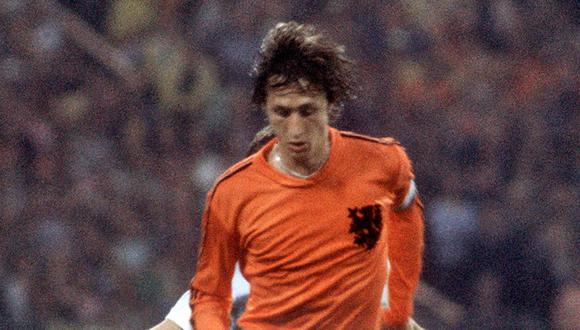 El mítico dorsal '14' de Johan Cruyff, el que usó en todos sus equipos.   Foto: AFP