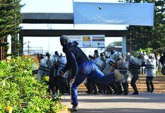 Honduras: Al menos 3 universitarios heridos de bala en choques contra militares