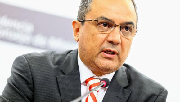 Carlos Oliva, MEF