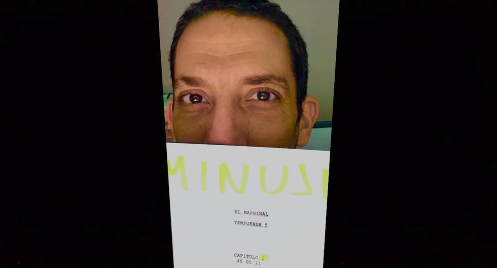 """Después de anunciar el final de """"El marginal 4"""" a inicios de junio, Juan Minujín, con guión en mano, posteó: """"El Marginal - Cap 1. T5. #elmarginal5 @undertransmedia @telemundo @netflixlat"""""""