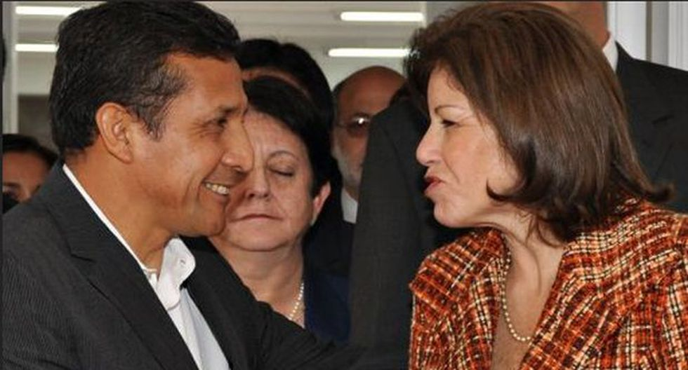 Flores pide a Humala genuina postura democrática ante Venezuela