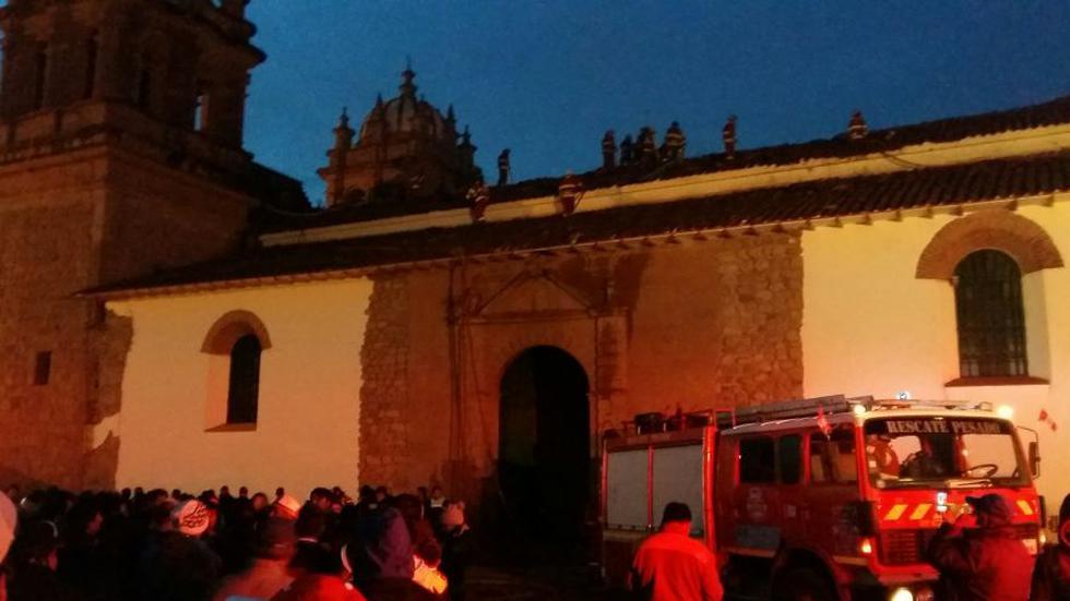 Incendio que inició durante la madrugada dañó el 80% de la histórica iglesia de San Sebastián, en Cusco. (Miguel Neyra / El Comercio)