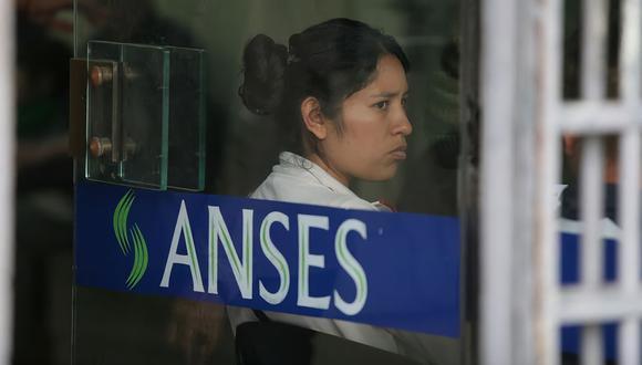 La Administración Nacional de Seguridad Social (ANSES)adelantó cuáles serán las fechas para los pagos de octubre 2021. (Foto: La Nación de Argentina, GDA / Ricardo Pristupluk)