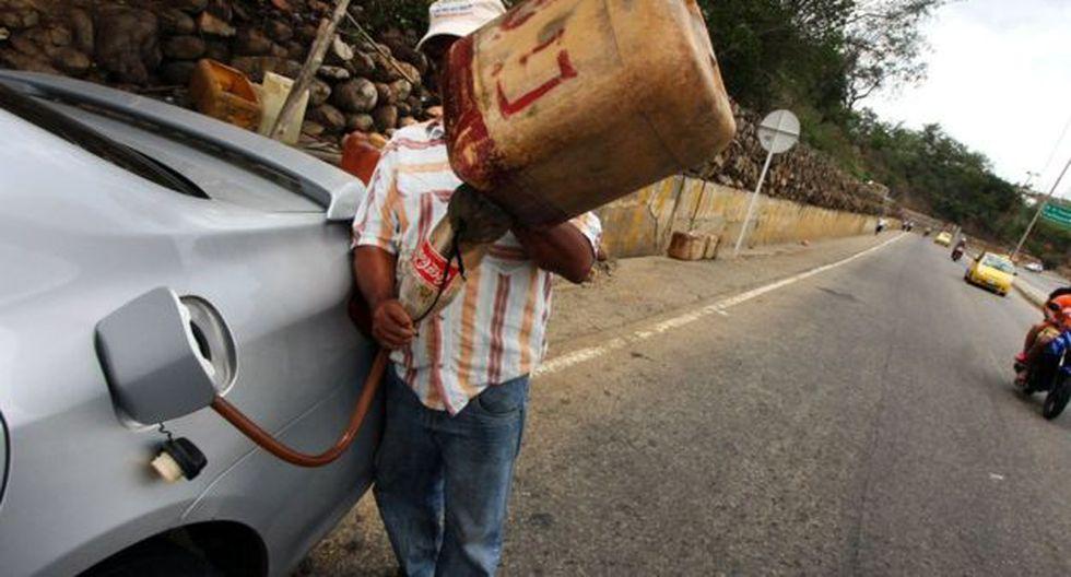 El gobierno de Venezuela culpa al contrabando en la frontera de graves pérdidas económicas.