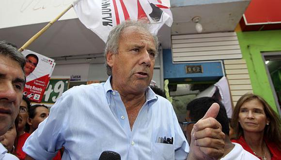 """Alfredo Barnechea: """"El verdadero chicharrón es el del gas"""""""