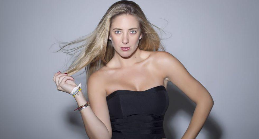 """Miss fútbol"": Joanna Boloña opina en la revista DT Mundial - 2"