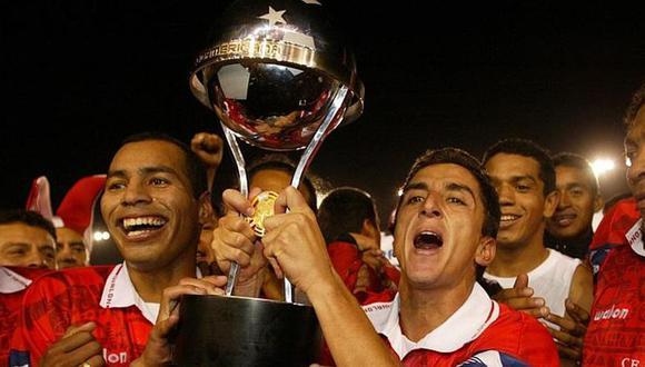 Cienciano se coronó campeón de la Copa Sudamericana un 19 de diciembre del año 2003. (Foto: archivo GEC)