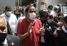 Elecciones 2021: Yonhy Lescano, el candidato que perdió la cabeza