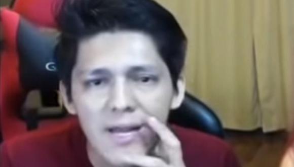 Dennis Salazar agredió en vivo a su pareja. (Foto: Captura/YouTube)
