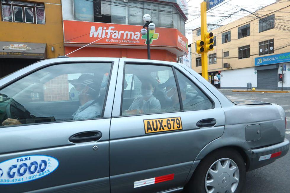 Hiro Fujimori Higuchi esperó a su hermana en el penal y ambos abordaron un taxi hasta Surco (Foto: Alessandro Currarino/ GEC)