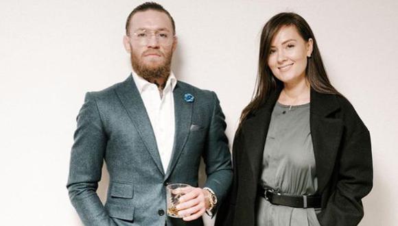 Conor McGregor y su pareja, Dee Devlin. (Foto: Instagram)