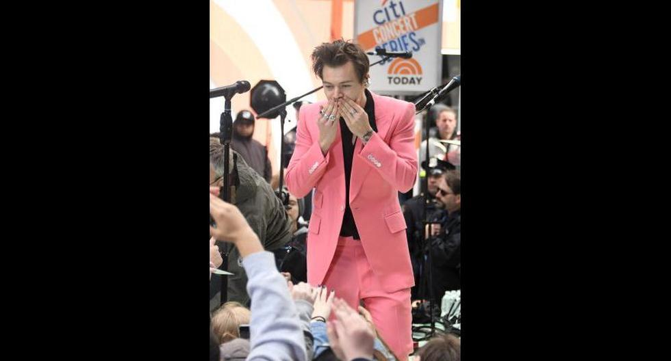 Harry Styles adelantó temas de su primer álbum como solista - 12