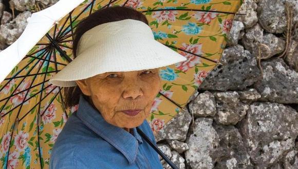La gente de Okinawa, en el sur de Japón, se mantiene activa en general hasta pasados los 90 años. (Foto: Getty)
