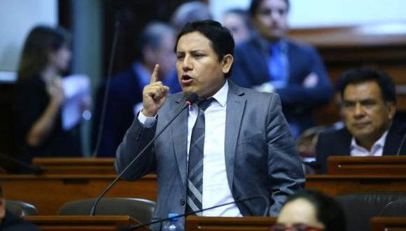Congreso salvó a aprista Elías Rodríguez de suspensión
