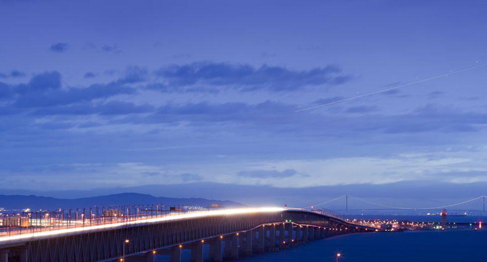 Vista especial: Espectacular aeropuerto construido sobre el mar - 3