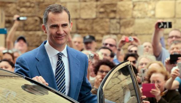 El rey de España aumentó su sueldo en 1%, ahora ganará...