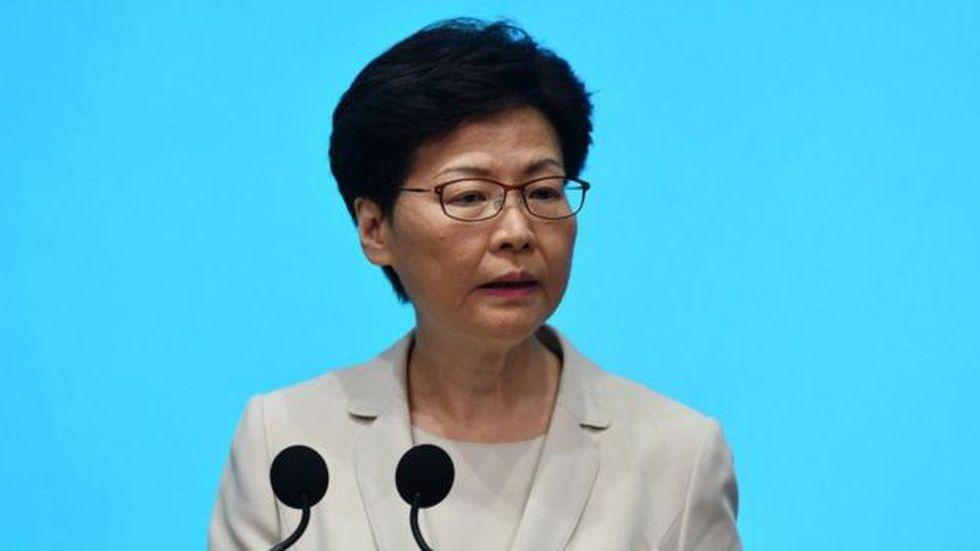 La jefa ejecutiva de Hong Kong, Carrie Lam, ha sido acusada de estar distanciada del público. (Foto: Getty Images)