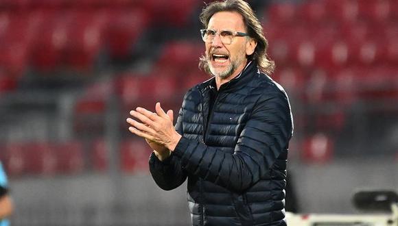 Ricardo Gareca ha asumido toda la responsabilidad por este pésimo arranque de la Selección Peruana en Eliminatorias. (Foto: AFP).