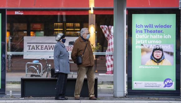 Regiones de Alemania pidieron el martes limitar el número de participantes en las celebraciones de Navidad y Año Nuevo debido al coronavirus. (Foto: John MACDOUGALL / AFP).