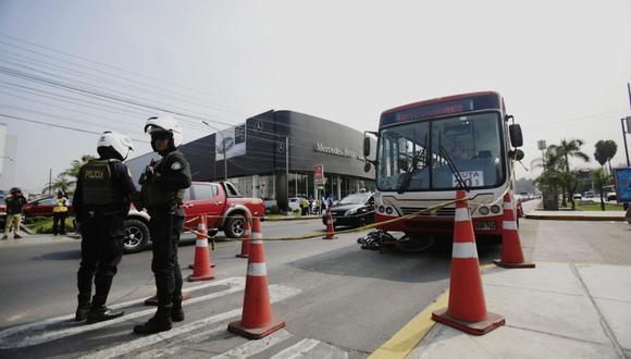 Ángel Mendoza, gerente general de la ACTU, dijo que la unidad que iba se trasladaba por el carril segregado a 35 km/h. (Foto:  César Grados)