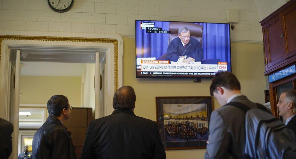 El juez Roberts, que actúa presidente del Senado en el juicio, recurrió a un curioso ejemplo histórico en el que usó el curioso término. (Foto: AP)