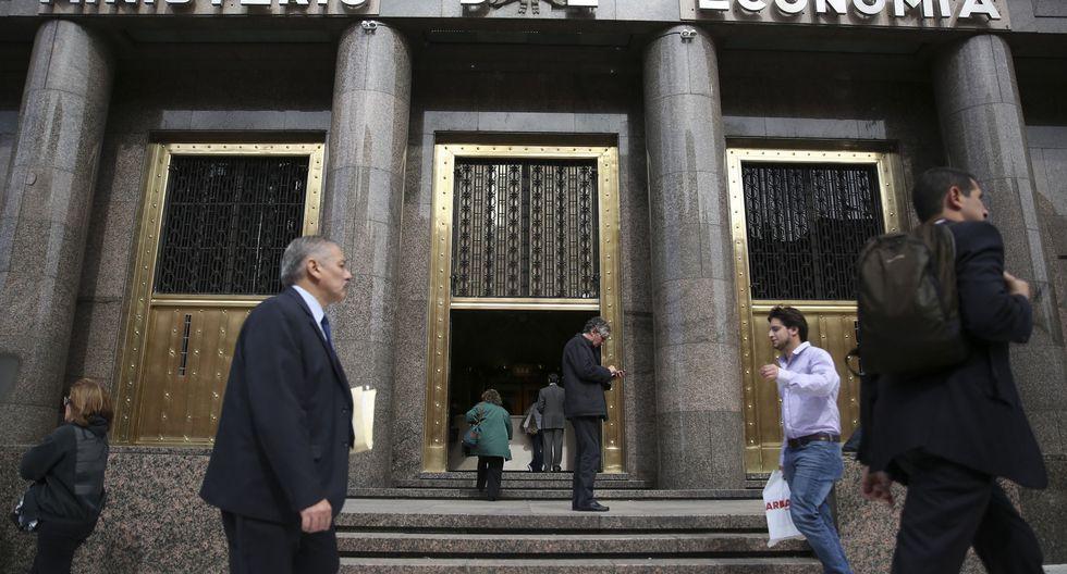 El miércoles, una misión del Fondo Monetario Internacional (FMI) llegó a Buenos Aires para sus primeras conversaciones formales con la administración de Alberto Fernández. (Foto: EFE/DAVID FERNÁNDEZ)