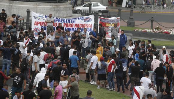 El Ministerio del Interior retiró la autorización para la movilización del lunes 25 debido a que no respetaron los acuerdos establecidos. (Foto: El Comercio)