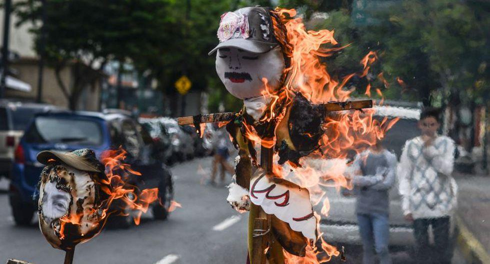 """""""Quema de Judas"""": Maduro y Capriles arden en Venezuela [FOTOS] - 4"""