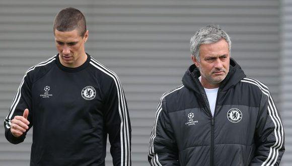 Fernando Torres no se va del Chelsea, aseguró José Mourinho